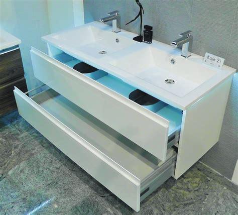 Badmöbel Set Doppelwaschtisch 120 by Doppelwaschtisch Mit Unterschrank Wei 223 Gispatcher