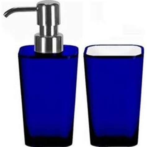 1000 ideas about royal blue bathrooms on blue