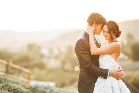 What Pictures To Take At A Wedding by How To Take Great Wedding Photos
