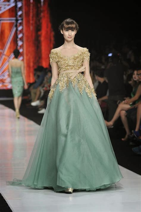 kebaya ivan gunawan 21 best dress by ivan gunawan images on pinterest kebaya