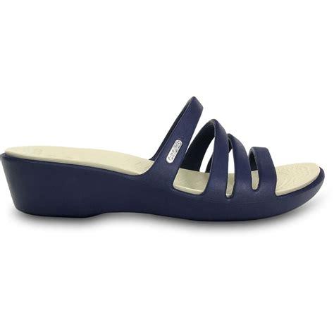 On Sale Crocs Mini Wedge 4cm crocs womens rhonda wedge navy stucco mini wedge sandal