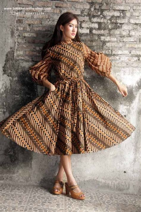 Vasa Mini Dress Batik Anak batik amarillis made in indonesia batik amarillis s ildiko dress this 70ies inspired dress