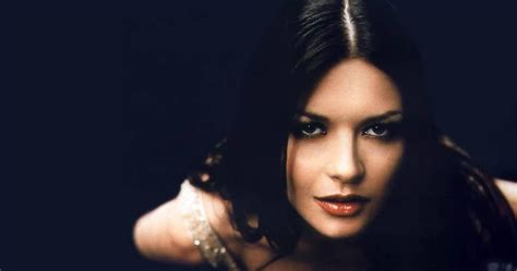 catherine zeta jones born biography discography pics news catherine zeta jones