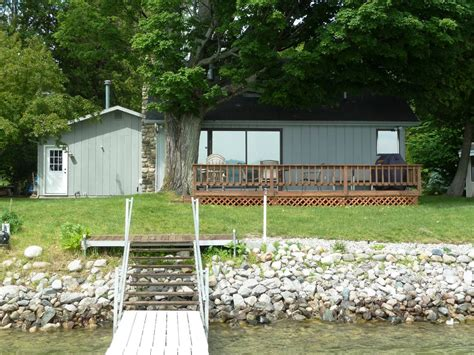Lake Charlevoix Cottage Rentals by Adorable Cottage Right On Lake Charlevoix Vrbo