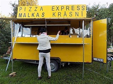 apprendista cameriere cercasi aiuto pizzaiolo o apprendista in lettonia