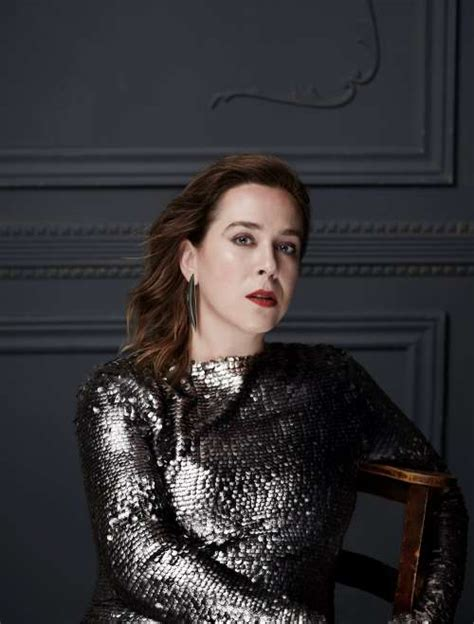 serena ryder announces  holiday album christmas kisses  releases title track today umusic