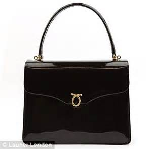 queens purse how much the queen s handbag collection is really worth