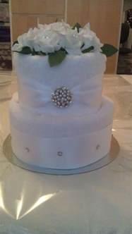 Bridal Shower Towel Cake by Best 25 Towel Cakes Ideas On Towel Cakes Diy