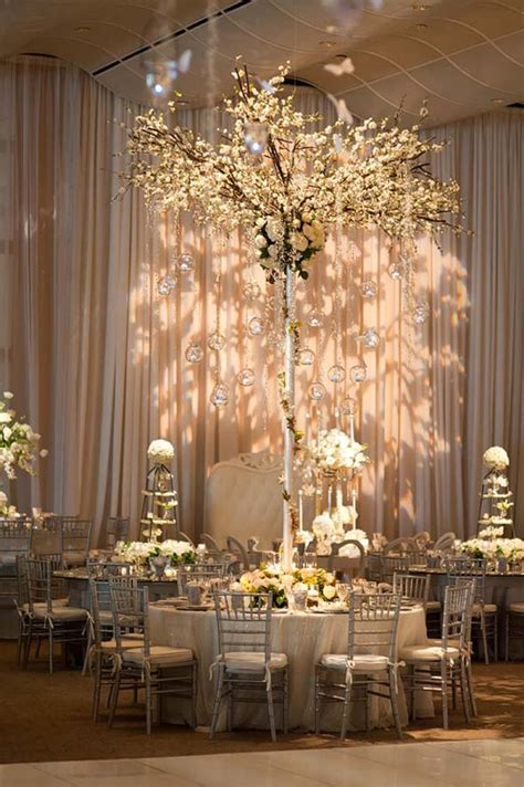large wedding centerpieces 16 and dramatic wedding centerpieces preowned wedding dresses