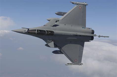 the military jets aircraft miragec14 qatar france to discuss rafale fighter jet on hollande trip