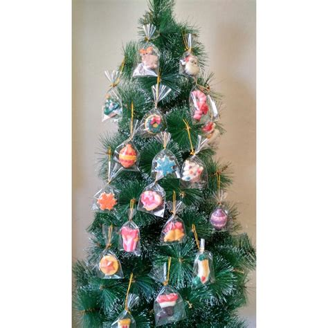 Hiasan Pohon Natal With hiasan pohon natal dari coklat elevenia