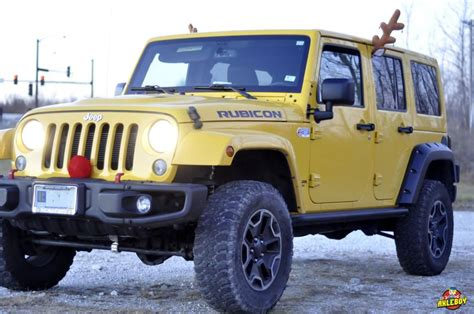 jeep wrangler raindeer best 25 yellow jeep wrangler ideas on jeep jeeps and summer goals