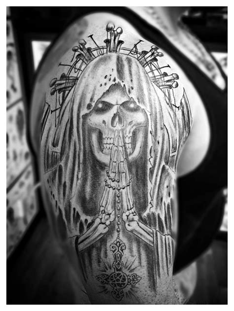 muerte tattoo 50 drop dead gorgeous santa muerte tattoos page 2 of 5