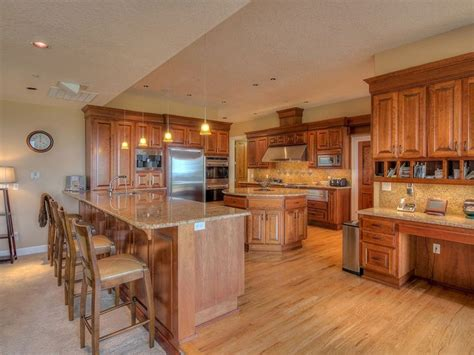 How Much Does A New Countertop Cost - new venetian gold granite countertops elegance gold granite
