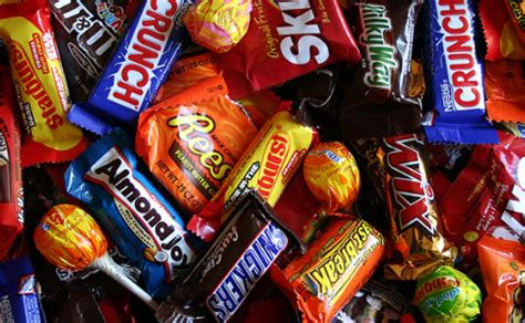 halloween candy delivery 7 great places to load up on candy in south florida