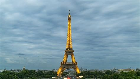 photo eiffel tower night view paris  image