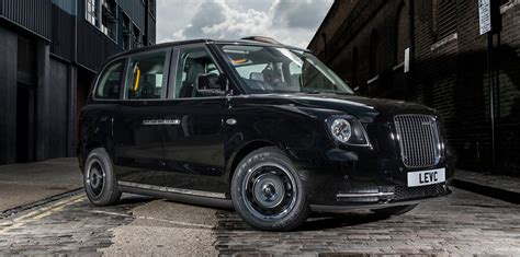 black cab london london taxi tx range extended electric black cab launched