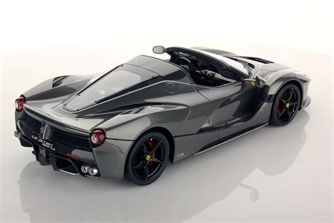 Ferrari LaFerrari Aperta 1:18   MR Collection Models