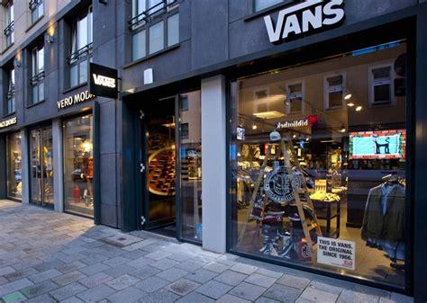 Home Design Store Munich vans flagship store munich 187 retail design blog