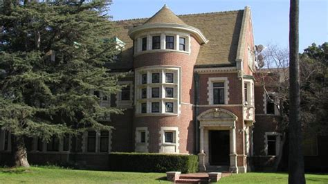 house music the real story american horror story mansion on sale for 4 5 million hollywood reporter