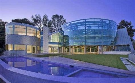 Justin Bieber House by Justin Bieber Into 60k Month Glass House Mansion