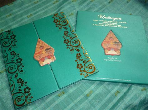 Undangan Cantik Murah Eksklusif Sasi 76 undangan pernikahan hijau tosca enha hc005 undangan paperbag murah dan berkualitas