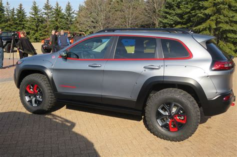 jeep cherokee dakar jeep cherokee dakar concept profile photo 27