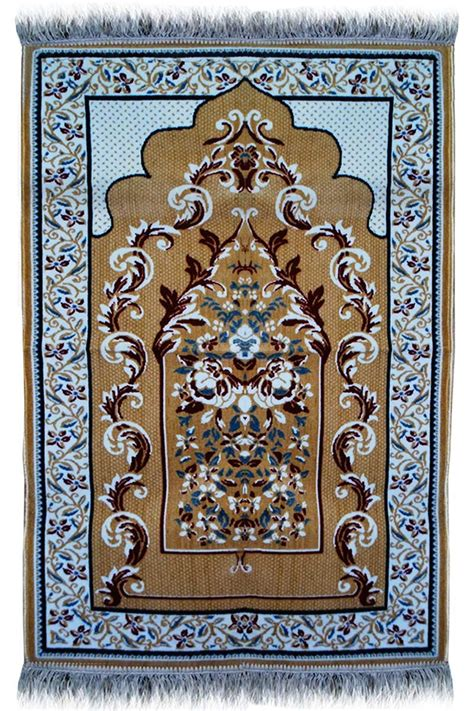 janamaz prayer rug best janamaz plush velvet muslim prayer rug from turkey rs195