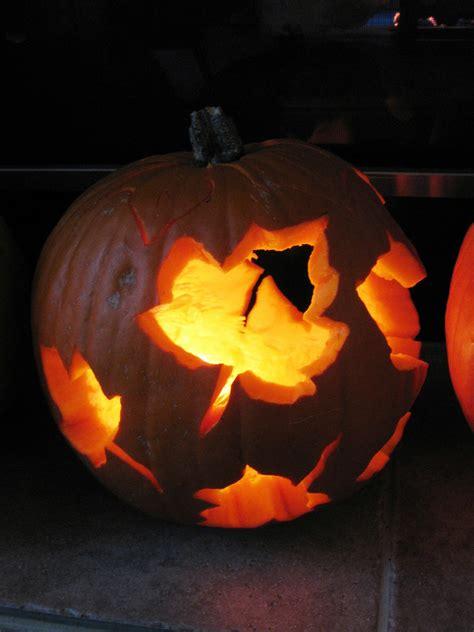 leaf pattern pumpkin carving first time carving a pumpkin halloween maple leaf pumpkin