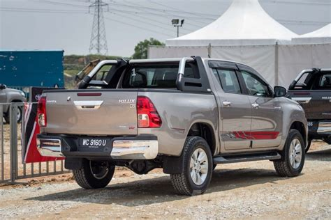 Toyota X Malaysia Price 2016 Toyota Hilux Launched In Malaysia Priced From Rm90k