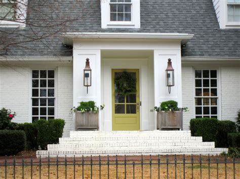 Which Benjamin White To Match Vinyl Windows - elements of style it s only paint http www