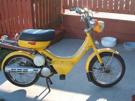 Fa50 Suzuki 1985 Suzuki Fa50 Shuttle Yellow Moped Photos Moped Army