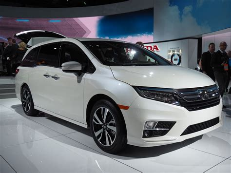 honda debuts 2018 odyssey project three big redesigns unveiled at american