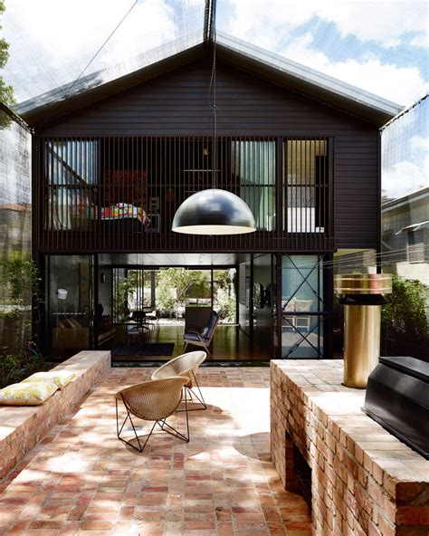 architects home design protects oxlade drive house with shade cloth in brisbane