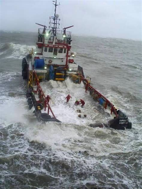 fishing boat rough sea 41 best images about rough seas on pinterest uss north