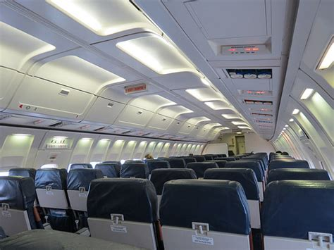 boeing 737 cabin air boeing 737 200 combi plane s cabin not