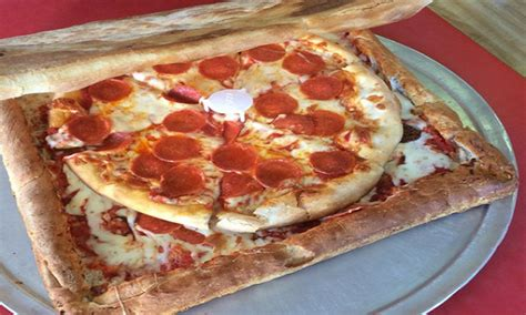 How To Make A Pizza Box Out Of Paper - pizzeria will serve your pizza in a pizza box
