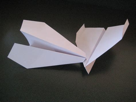 A Paper Airplane - history of paper airplanes paper plane mafia