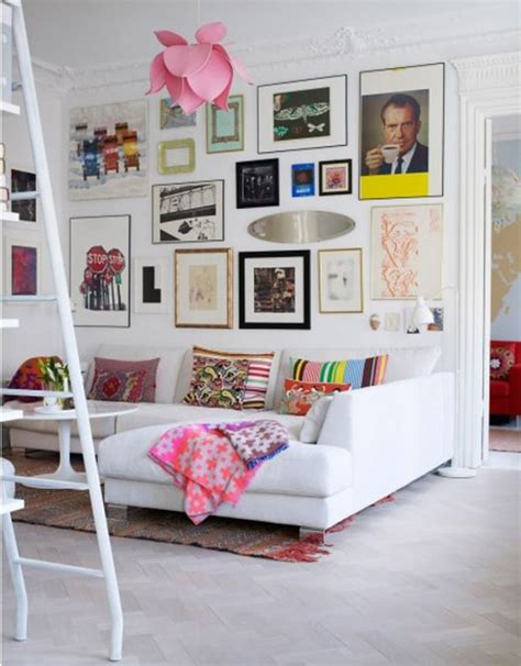 art gallery wall tips and ideas for creating a beautiful wall art gallery