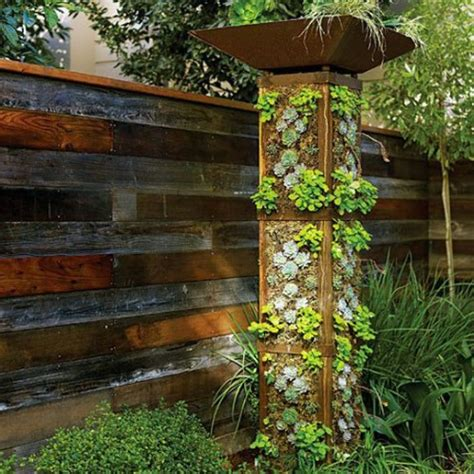 Vertical Garden Solutions 40 Genius Space Savvy Small Garden Ideas And Solutions