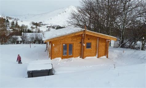 2 Person Log Cabin With Tub by Scotsview Glenbeag Mountain Lodges