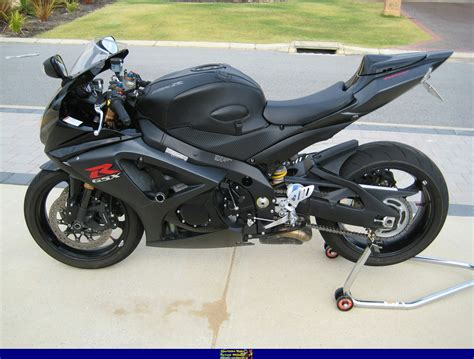 Suzuki 2007 Specifications 2007 Suzuki Gsx R 1000 Pics Specs And Information