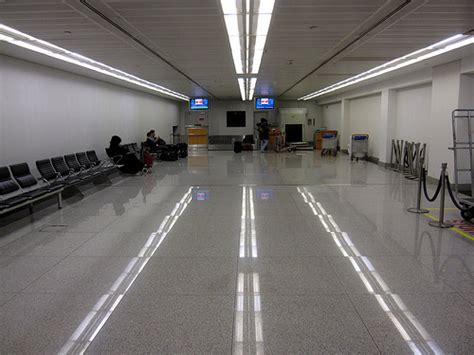 Swiss Air Check Inn