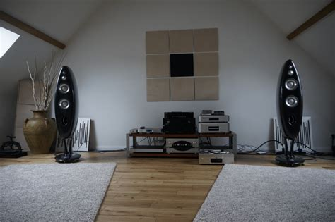 Living Room Acoustic Treatment by 6moons Audio Industry Features Acoustic Aesthetic