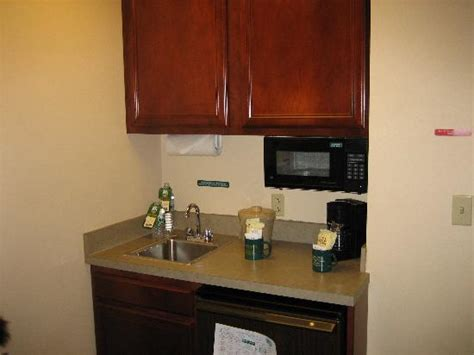 small kitchenette 1000 images about ward on tiny kitchens