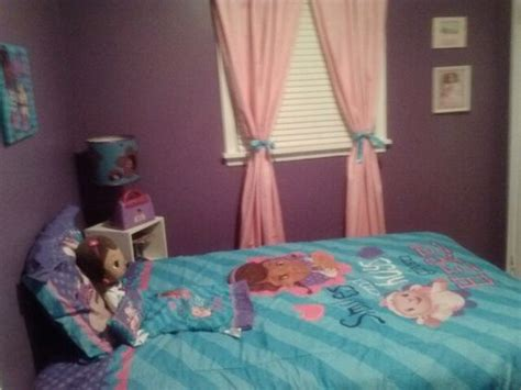 brooke s doc mcstuffins bedroom kiddos pinterest doc