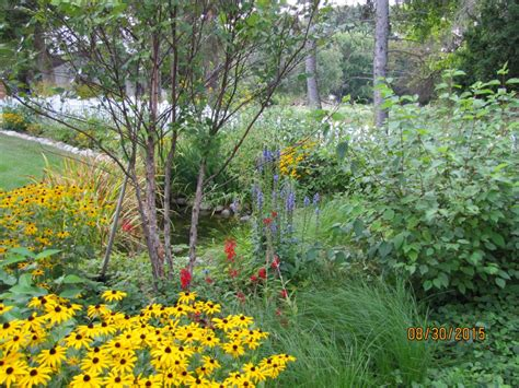 sustainable landscaping architects in oakland county mi