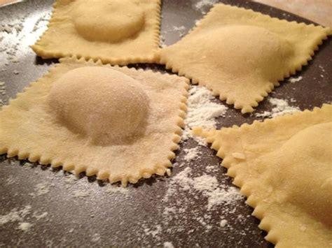 Come Fare I Ravioli Fatti In Casa by Come Fare L Impasto Dei Ravioli In Casa Ricetta Base