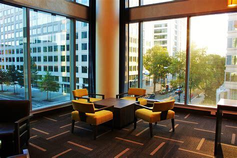 alquiler muebles ventajas de alquilar muebles para eventos