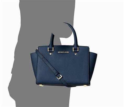 Tas Michael Kors Selma Medium jual tas michael kors selma medium original navy zizi